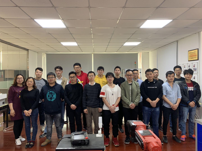 若卜教育第5期机器视觉和工业机器人全日制学员